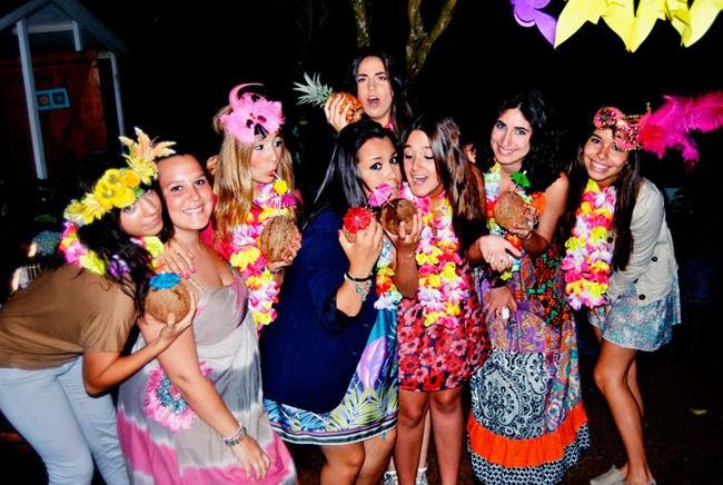Карибская и Гавайские вечеринки, этапы проведения